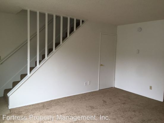 2 Bedrooms 1 Bathroom Apartment for rent at 15301 Se Division St in Portland, OR