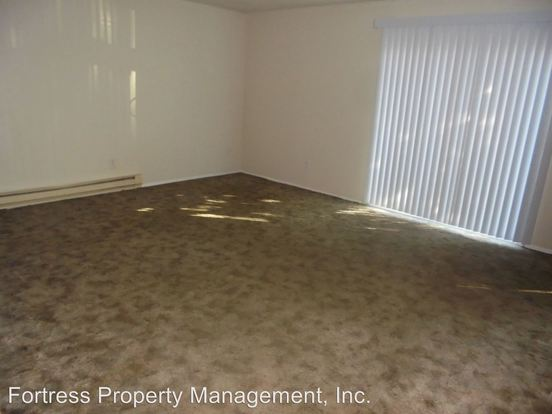 2 Bedrooms 1 Bathroom Apartment for rent at 15790 Se Division Street in Portland, OR