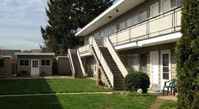 Similar Apartment at 4005 & 3945 Se 80th Avenue