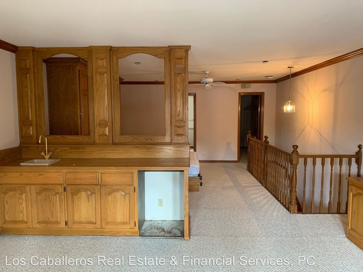 1 Bedroom 1 Bathroom Apartment for rent at 17200 Newhope St. #31 - #31 in Fountain Valley, CA