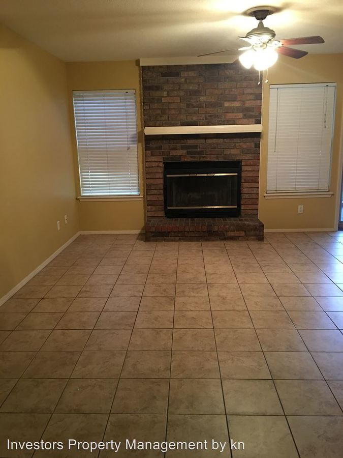2 Bedrooms 1 Bathroom Apartment for rent at 3400-3534 Heather Moor in Fort Smith, AR