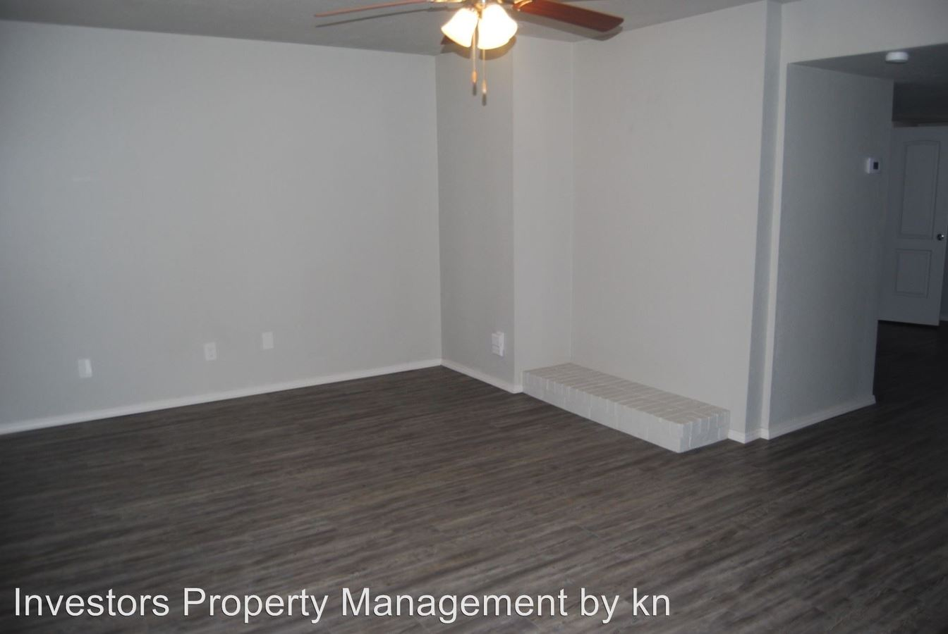 2 Bedrooms 1 Bathroom Apartment for rent at 2921 Old Greenwood Rd. in Fort Smith, AR
