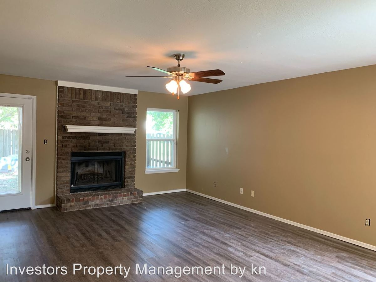 2 Bedrooms 2 Bathrooms Apartment for rent at 3400-3534 Heather Moor in Fort Smith, AR