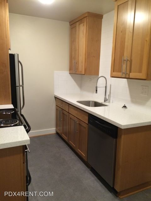 1 Bedroom 1 Bathroom Apartment for rent at 7515 N. Westanna in Portland, OR