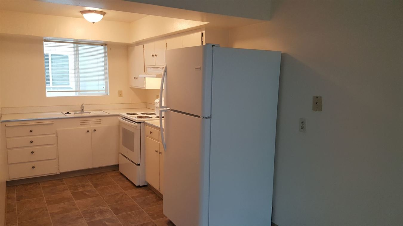 2 Bedrooms 1 Bathroom Apartment for rent at 700 1st Street in Springfield, OR