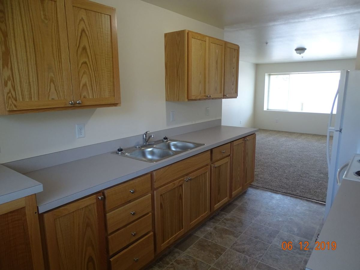 1 Bedroom 1 Bathroom Apartment for rent at 771 W 7th Ave in Eugene, OR