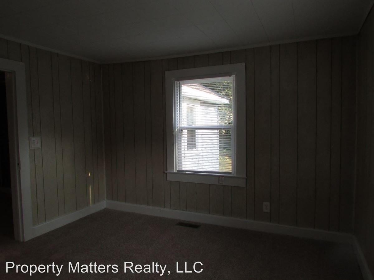 Bathroom Apartment For Rent At Homes For Rent In Gaston County In Gastonia