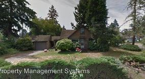 Similar Apartment at 7106 Se Cooper Street