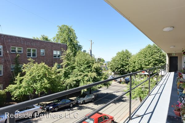 1 Bedroom 1 Bathroom Apartment for rent at 4228 Sw Dawson St in Seattle, WA