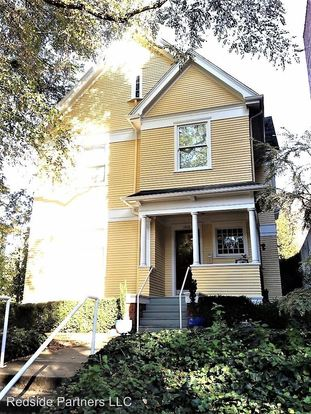 1 Bedroom 1 Bathroom Apartment for rent at 1410 Belmont Ave in Seattle, WA