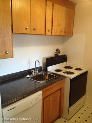 2 Bedrooms 1 Bathroom Apartment for rent at 1821 Harvard Ave in Seattle, WA