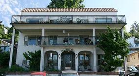 Similar Apartment at 2250 Bonair Pl Sw