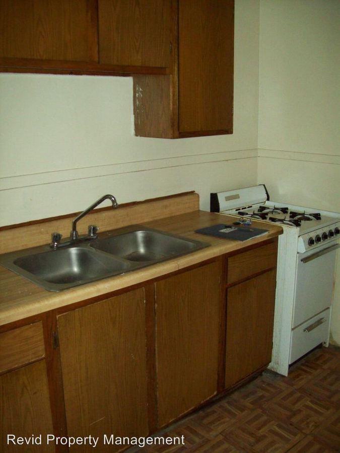 2 Bedrooms 1 Bathroom Apartment for rent at 2983 Waynoka in Memphis, TN