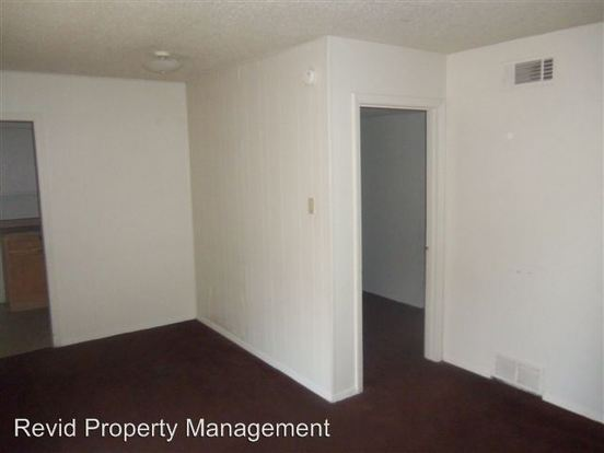 2 Bedrooms 1 Bathroom Apartment for rent at 1444 Wells Station in Memphis, TN