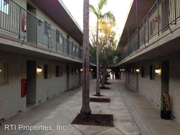 Studio 1 Bathroom Apartment for rent at 1261-1281 Rosecrans Ave. in Gardena, CA