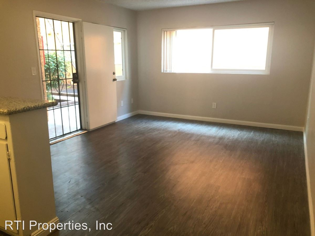 1 Bedroom 1 Bathroom Apartment for rent at 1010-1020-1028 Orange Ave. in Long Beach, CA