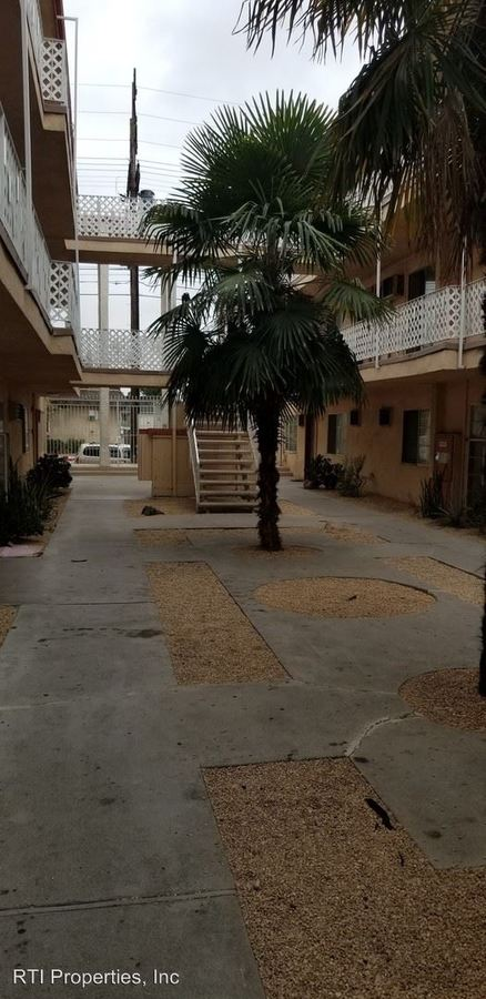 1 Bedroom 1 Bathroom Apartment for rent at 15525 Nordhoff St in North Hills, CA