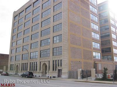 Similar Apartment at 2020 Washington Ave