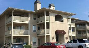 Similar Apartment at 4206 Pinehurst Circle