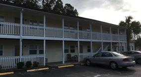 Similar Apartment at 4150 N Horseshoe