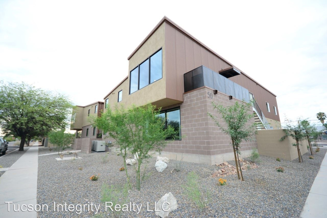 8+ Bedrooms 3 Bathrooms Apartment for rent at 50 N. Mountain Ave in Tucson, AZ