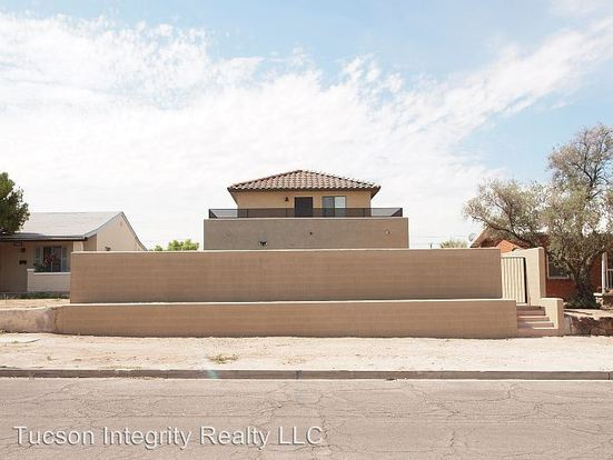4 Bedrooms 2 Bathrooms House for rent at 1722 E. 7th Street in Tucson, AZ