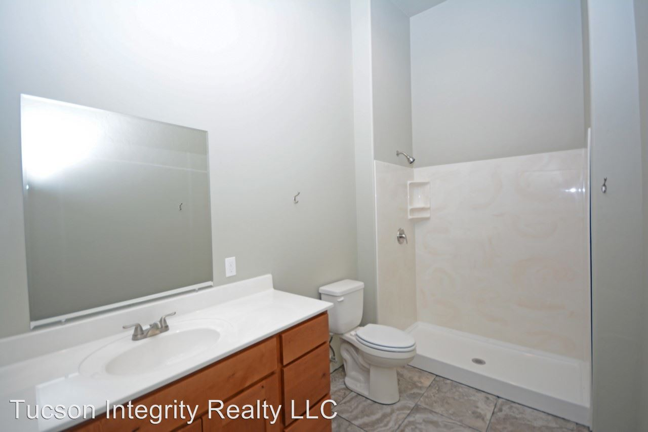 Studio 1 Bathroom Apartment for rent at 50 N. Mountain Ave in Tucson, AZ