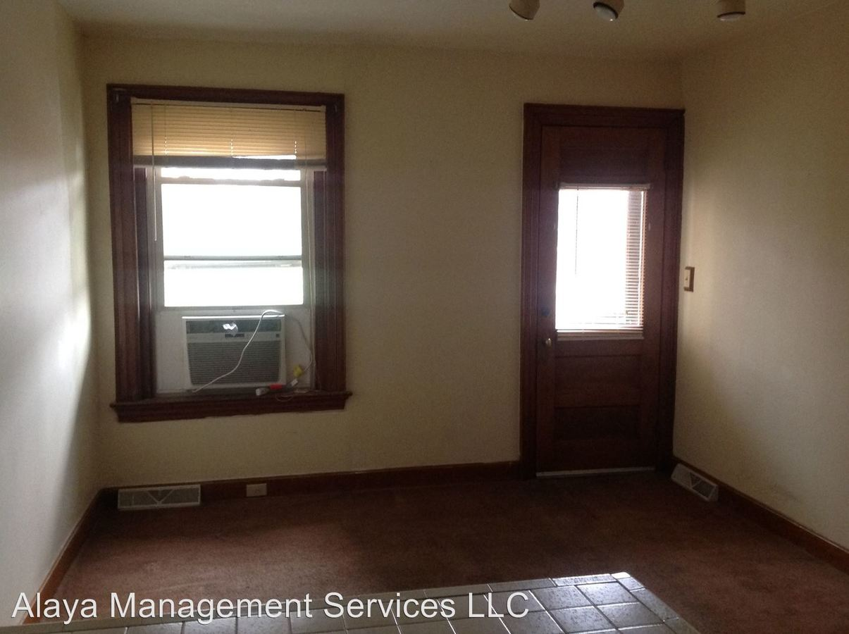 1 Bedroom 1 Bathroom Apartment for rent at 500-518 Wallace Ave in Covington, KY