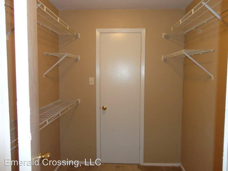 1 Bedroom 1 Bathroom Apartment for rent at 10501 Emerald Ridge Ave. in St Louis, MO