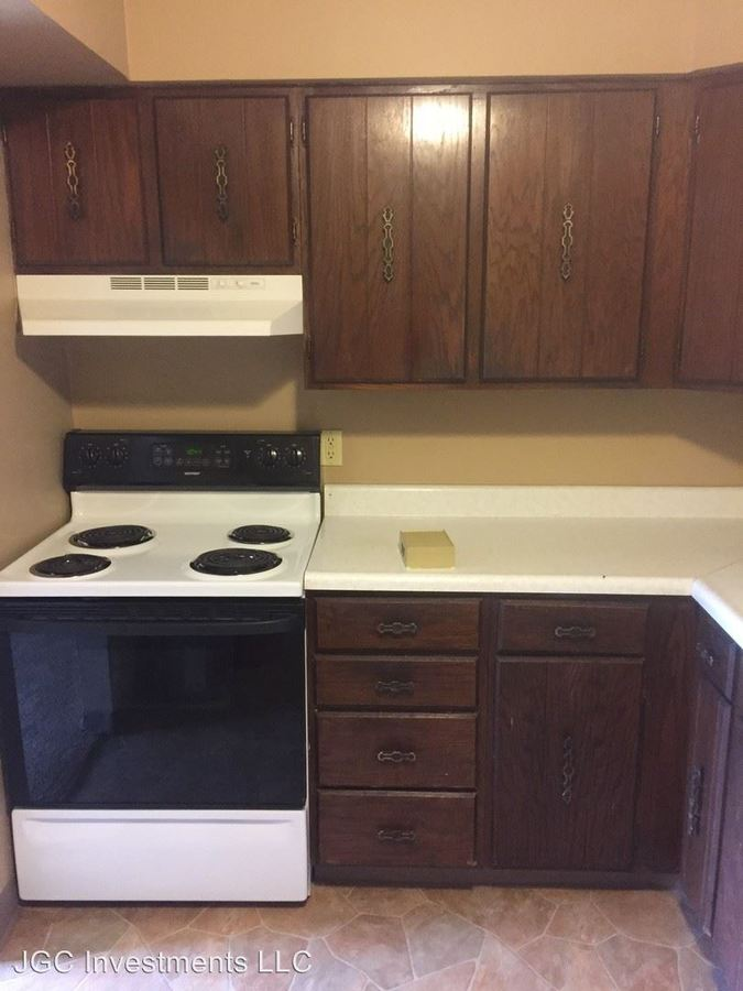 1 Bedroom 1 Bathroom Apartment for rent at 3102-3126 S 69th Ave in Omaha, NE
