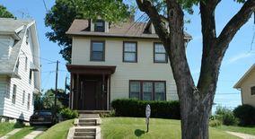 Similar Apartment at 341 Van Buren