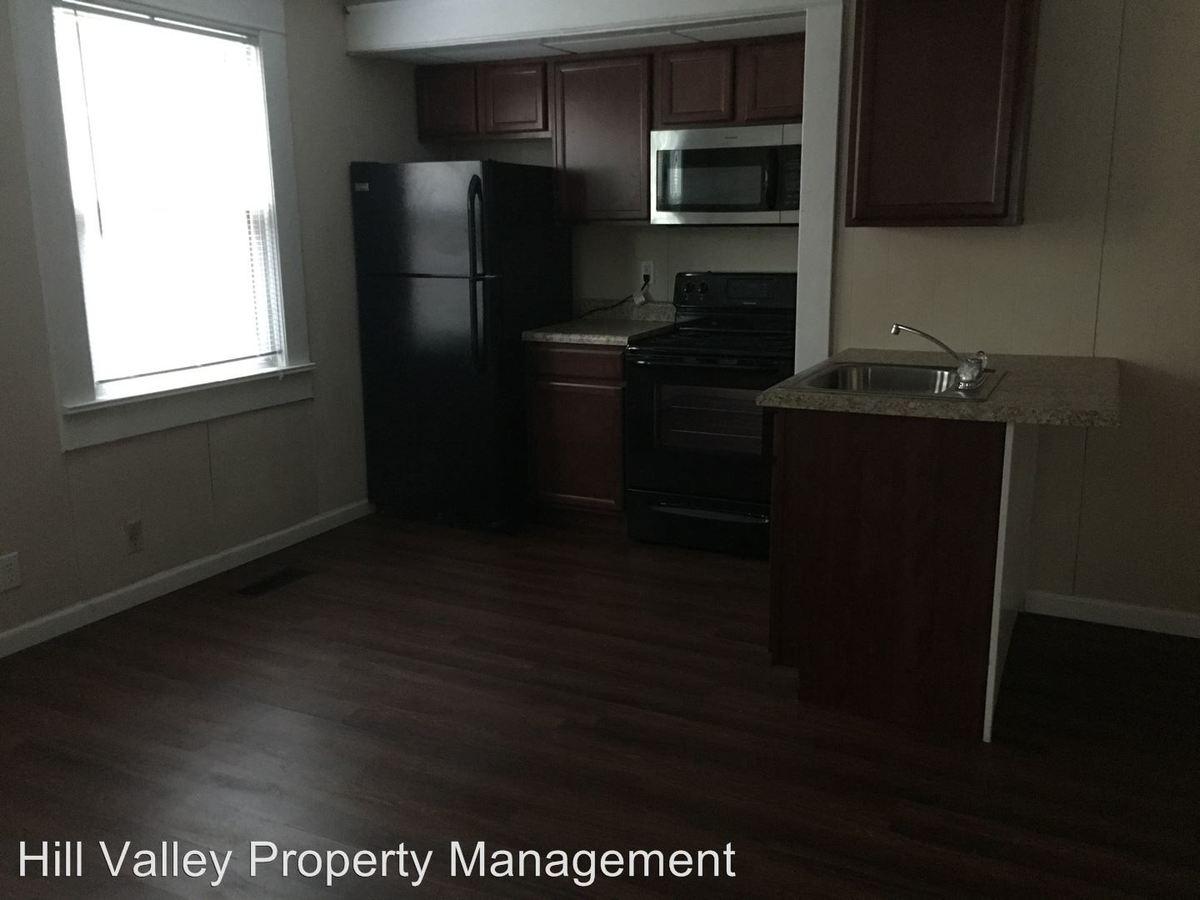 1 Bedroom 1 Bathroom Apartment for rent at 928 S Center in Terre Haute, IN