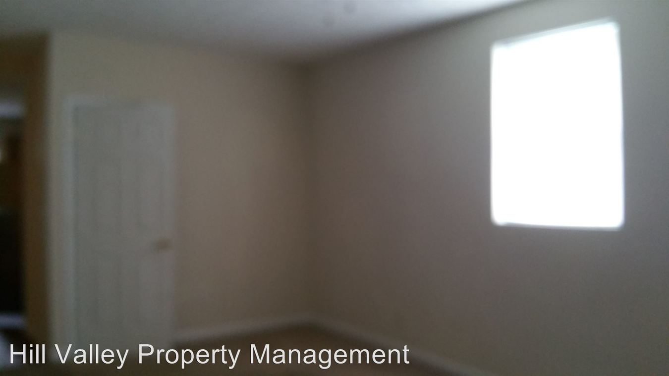 2 Bedrooms 1 Bathroom Apartment for rent at 629 Swan St in Terre Haute, IN
