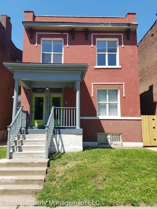 3 Bedrooms 2 Bathrooms Apartment for rent at 2733 Accomac in St Louis, MO