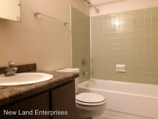 Studio 1 Bathroom Apartment for rent at 1002 S. 3rd St in Milwaukee, WI