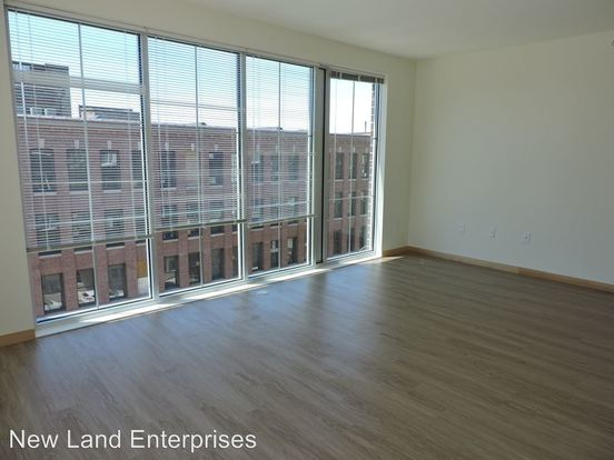 1 Bedroom 1 Bathroom Apartment for rent at 1640 North Water Street in Milwaukee, WI