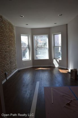 2 Bedrooms 1 Bathroom Apartment for rent at 3342 W. Beach Ave in Chicago, IL