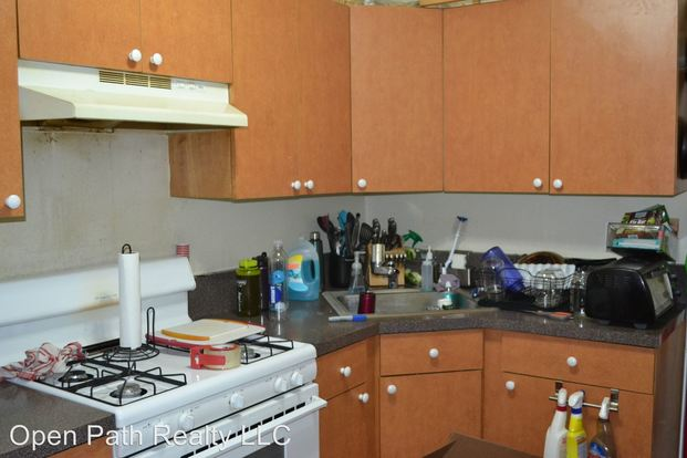 1 Bedroom 1 Bathroom Apartment for rent at 2643 W. Division in Chicago, IL