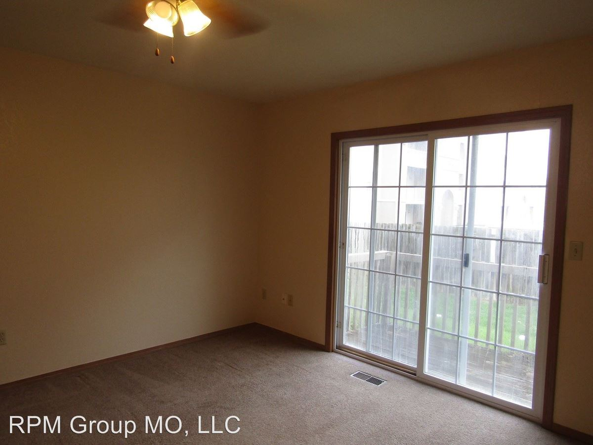 1 Bedroom 1 Bathroom Apartment for rent at 2862 S. Meadowbrook Ave. in Springfield, MO