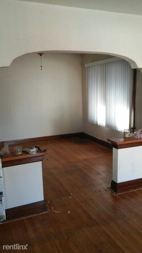 Similar Apartment at 4554 Arlington Avenue