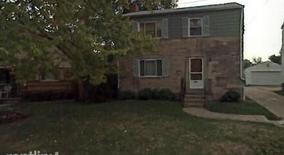 Similar Apartment at 1825 Crest Hill 2