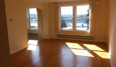 Similar Apartment at 2815 Boylston Avenue East