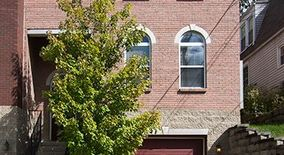 Similar Apartment at 3220 Linwood