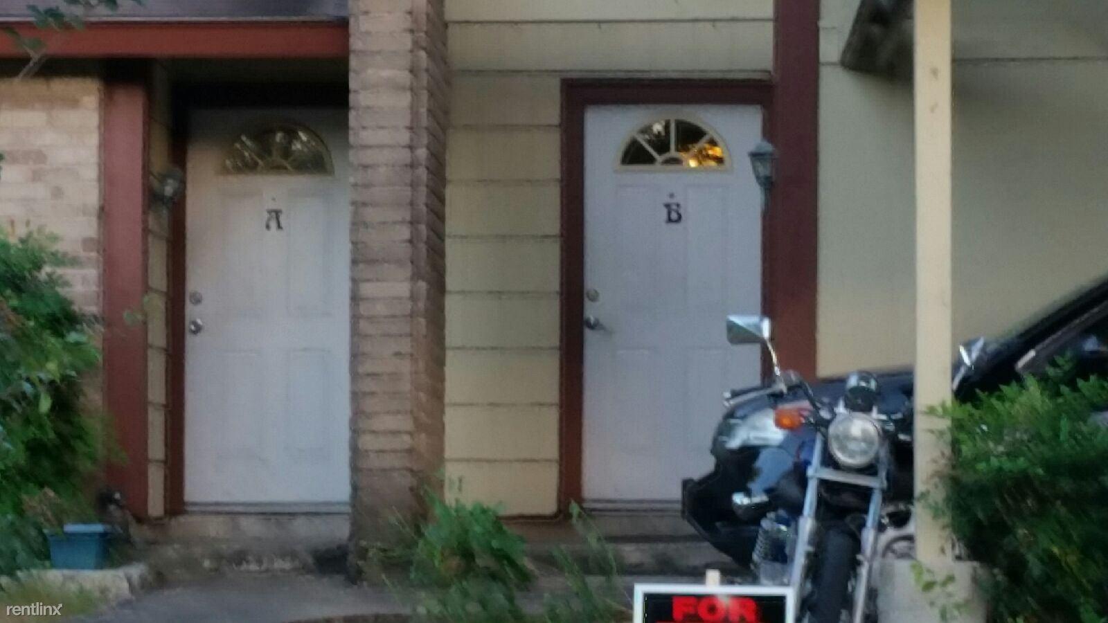 Similar Apartment at 6717 Woodhue Dr. B