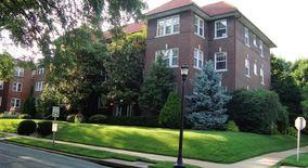 Similar Apartment at 6803 Kingsbury Blvd 1w