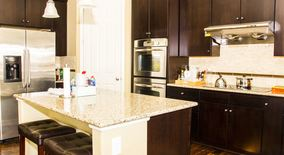 Similar Apartment at 6528 S Kewaunee Way