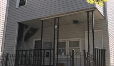 Similar Apartment at 9647 S Avenue N