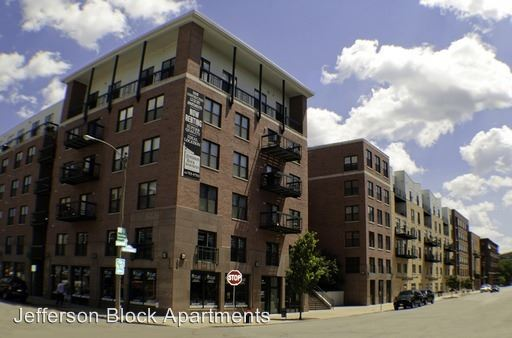 1 Bedroom 1 Bathroom Apartment for rent at Jefferson Block Apartments in Milwaukee, WI