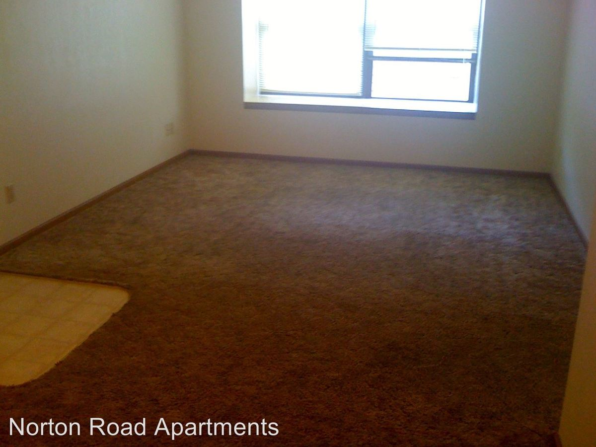 2 Bedrooms 2 Bathrooms Apartment for rent at 2940 N East Ave in Springfield, MO