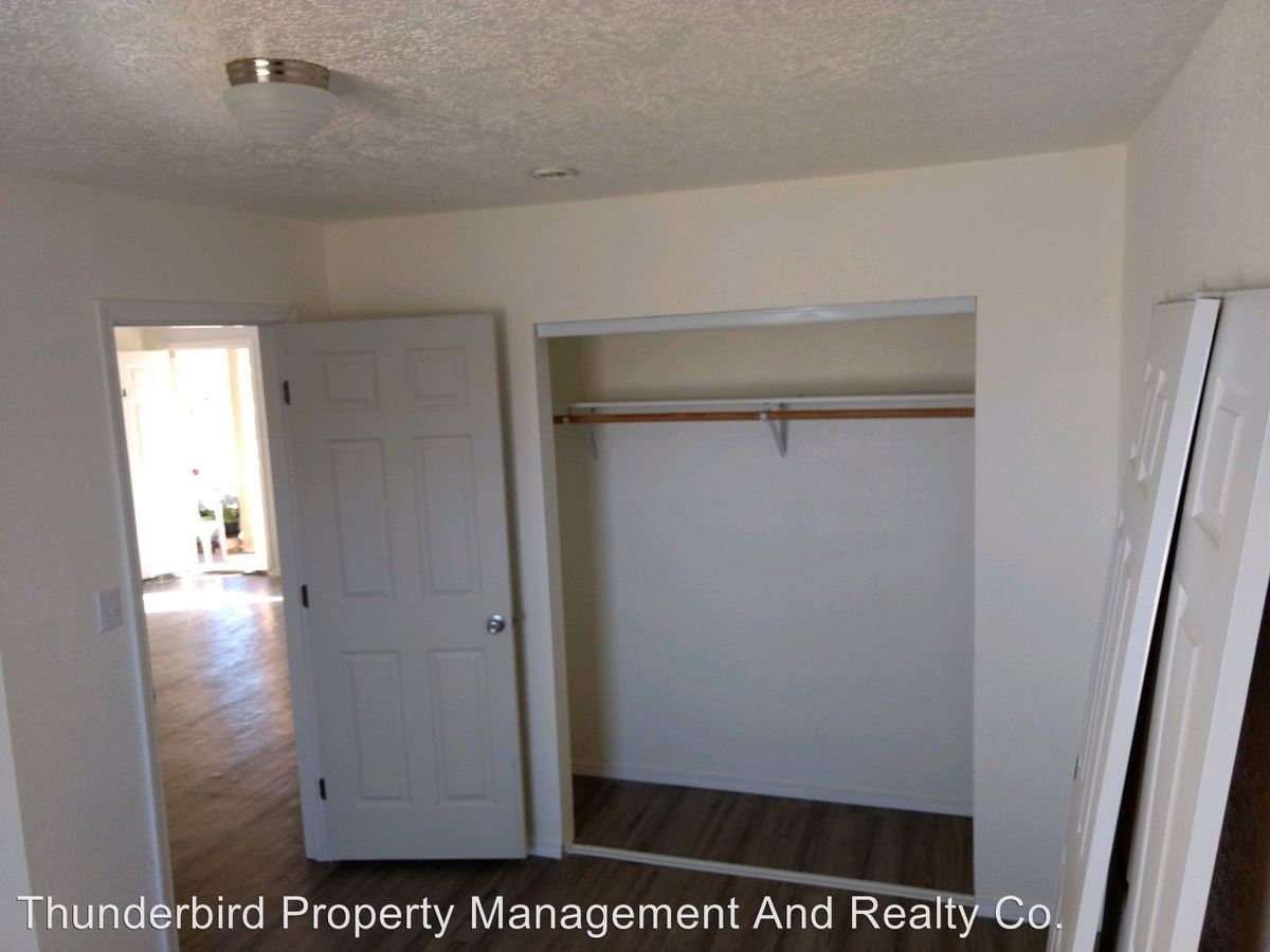2 Bedrooms 1 Bathroom Apartment for rent at 652 Vancouver Road Se in Rio Rancho, NM